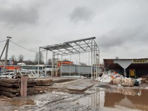 Монтаж металлических колонн и ферм