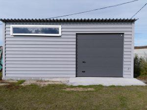 Строительство гаража закончено